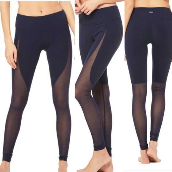 9bd32a7133 ALO Yoga Pants   Nwt Motion Leggings Navy Small   Poshmark
